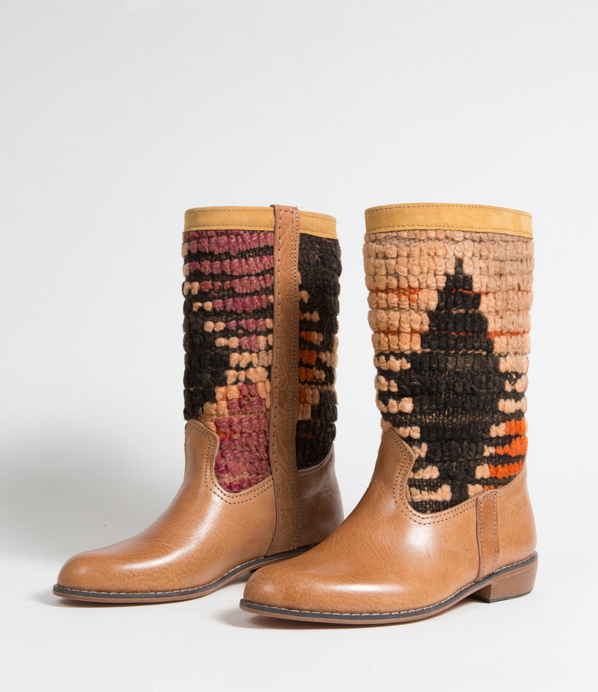 Bottes Kilim cuir mababouche artisanales (Réf. GL2-38)