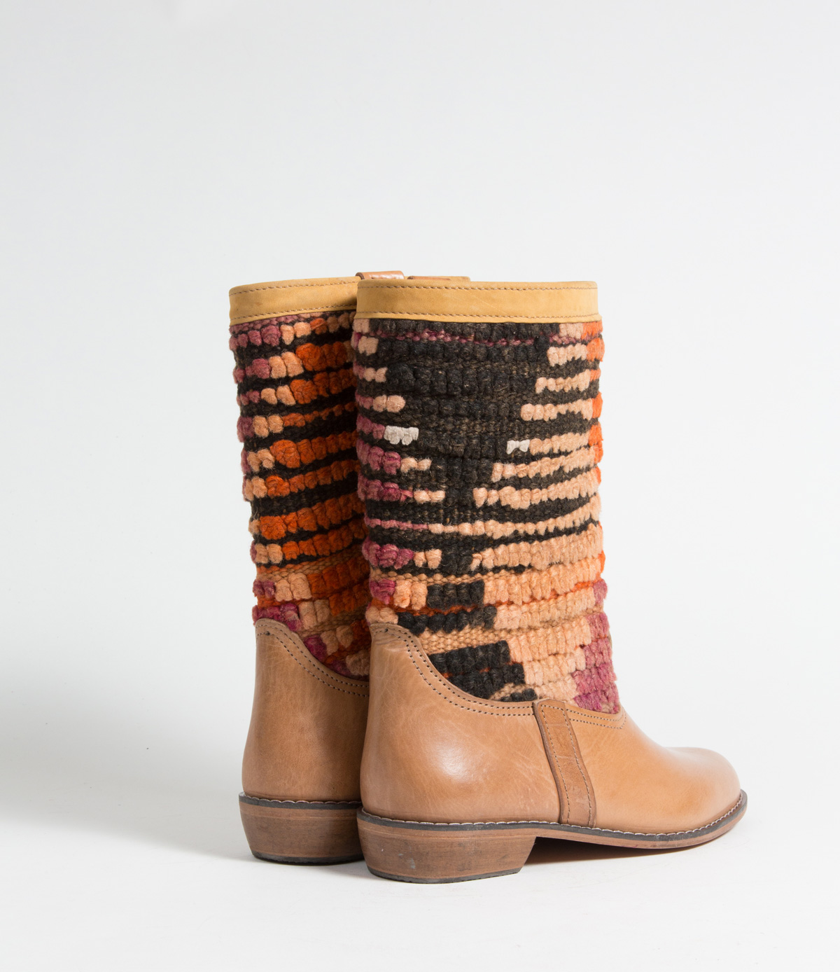 Bottes Kilim cuir mababouche artisanales (Réf. GL5-41)