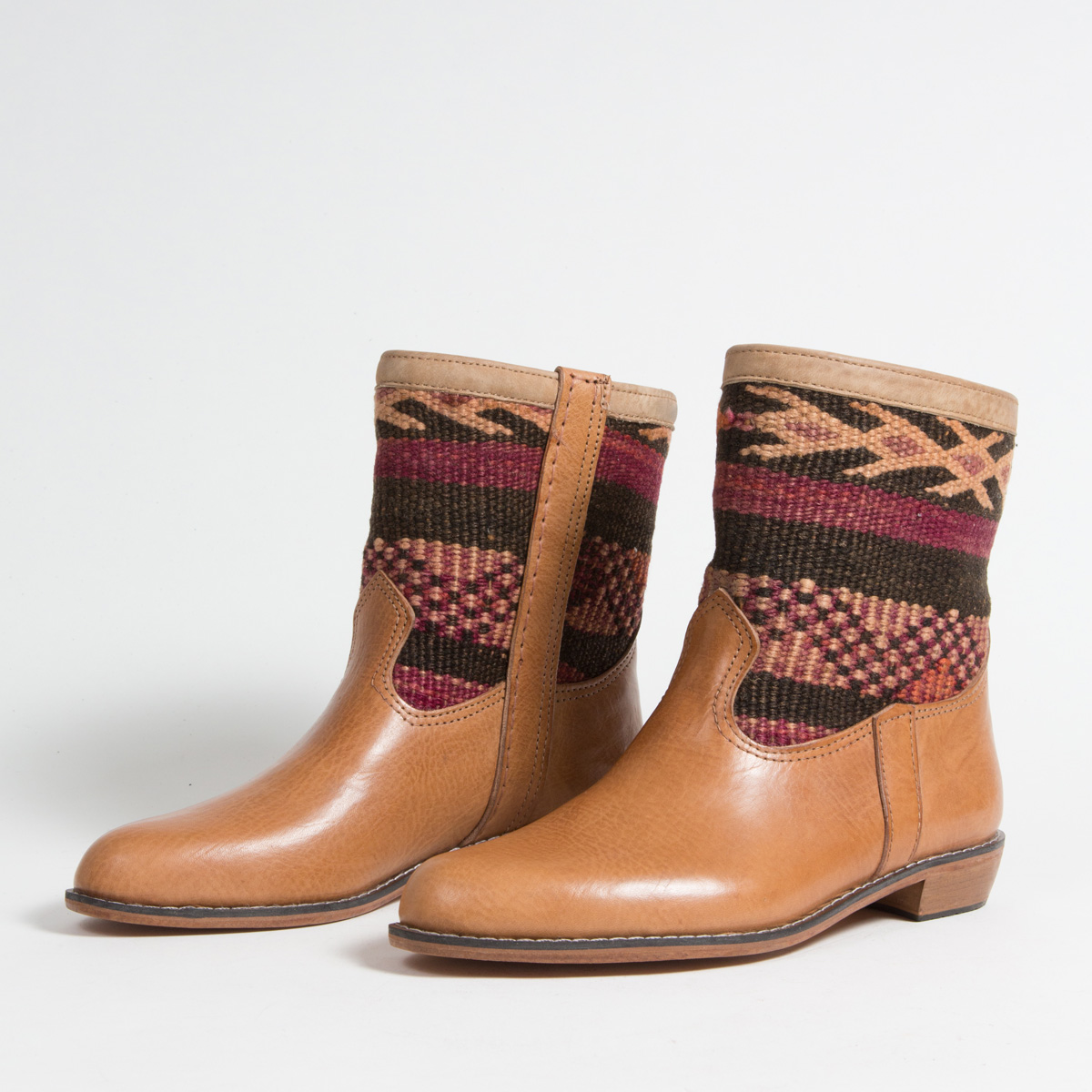 Bottines Kilim cuir mababouche artisanales (Réf. GC6-42)