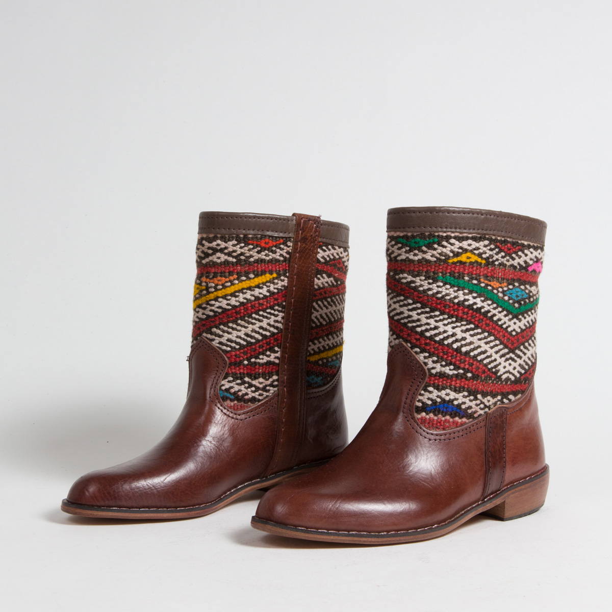 Bottines Kilim - images/kilim/bottines/mcm2-01-37-kilim-artisanat-cuir-ethnique-marocaine-bottine-femme-s.jpg